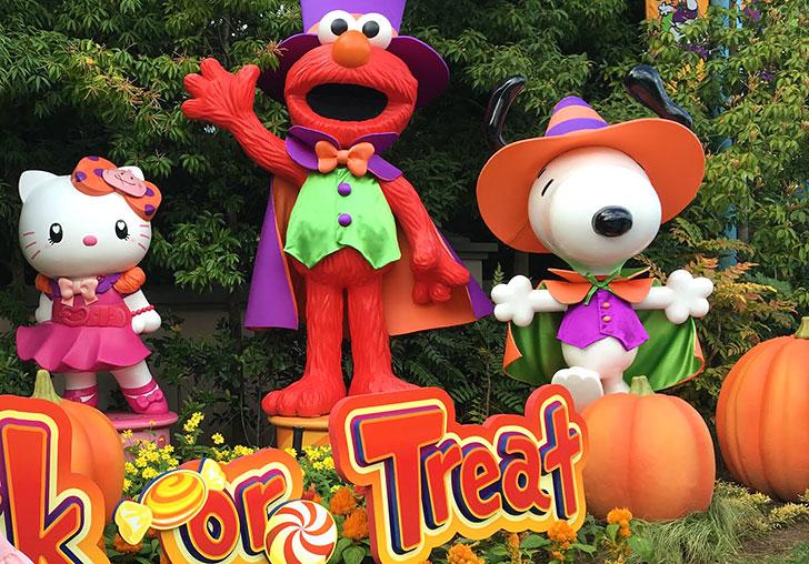 USJパーク外でハロウィンの衣装に着替えられる特設会場ルームで変身しよう!