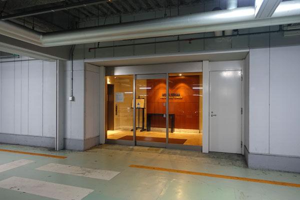 ホテル京阪ユニバーサルタワー駐車場から