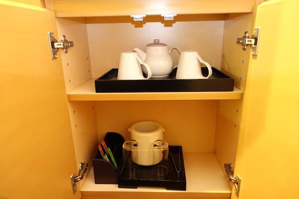コーヒーセットやお茶