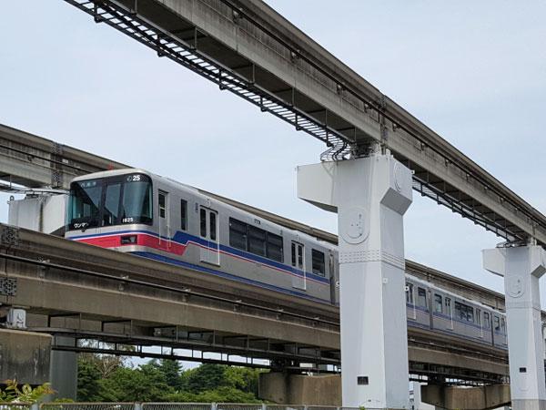 大阪伊丹空港からUSJへ電車で行く方法