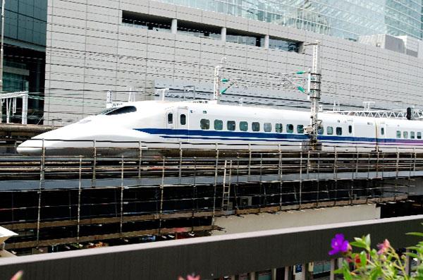 静岡在住の人がUSJへ新幹線を使って行く方法