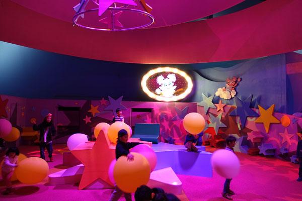 子供たちにとって夢の遊び場「アビーのマジカル・パーティー」