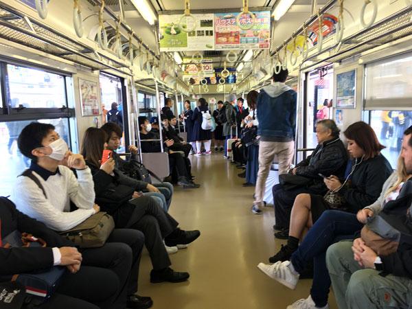 ゆめ咲線の電車の車内