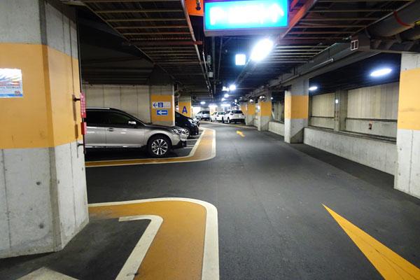 ホテル近鉄ユニバーサルシティの駐車場