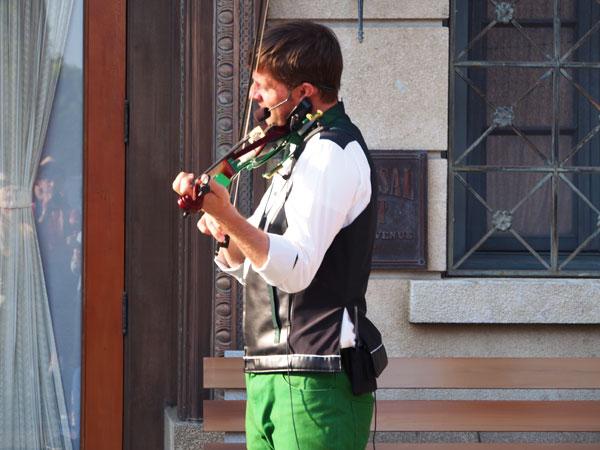 USJヴァイオリントリオ2017はイケメンによるバイオリン演奏