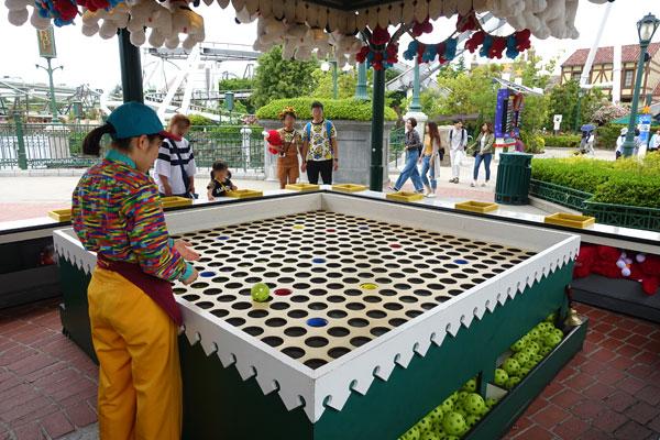 カーニバルゲーム「ゴブレットロブ」