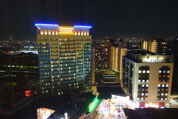 パークフロントホテルの部屋からの景観(夜)