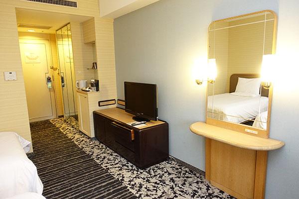 ホテルニューオータニ大阪のスーペリアツインの部屋設備