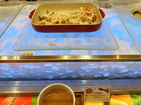 蒸し鶏と野菜