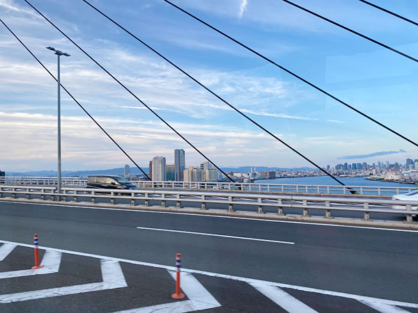 高速道路から見えるUSJ