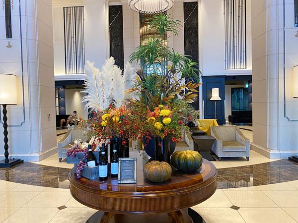 リーベルホテルのロビー装花