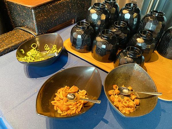 【リーベルホテル朝食ブッフェ】味噌汁の具