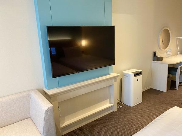 リーベルホテル客室内のテレビ