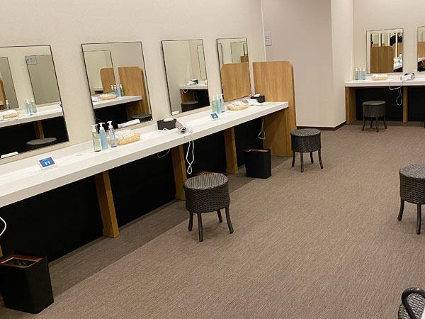 リーベルホテル「リバーサイドスパ」の洗面所
