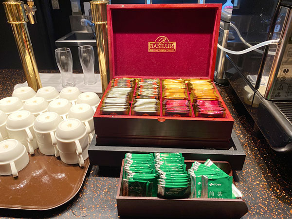 ティーバッグの紅茶と日本茶