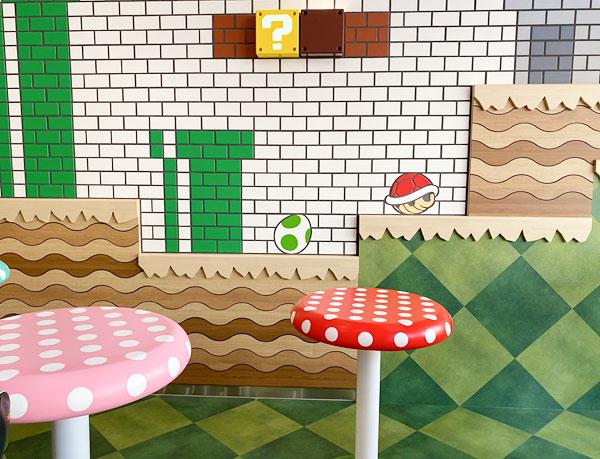キノコ型のテーブル