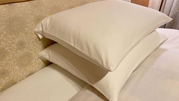 【ホテルシーガルてんぽーざん大阪】ふたつの枕