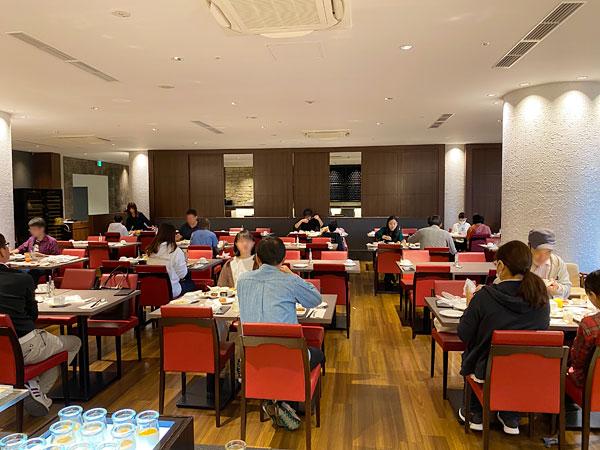 座席エリア【クインテッサホテル大阪ベイの朝食ブッフェ】