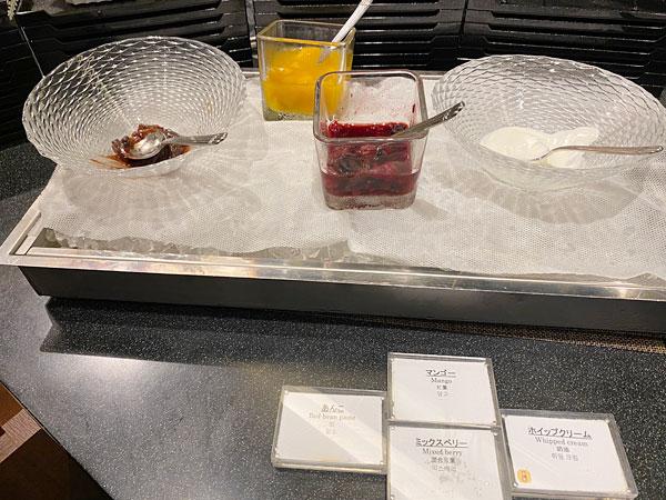 クロッフル用トッピング【クインテッサホテル大阪ベイの朝食ブッフェ】