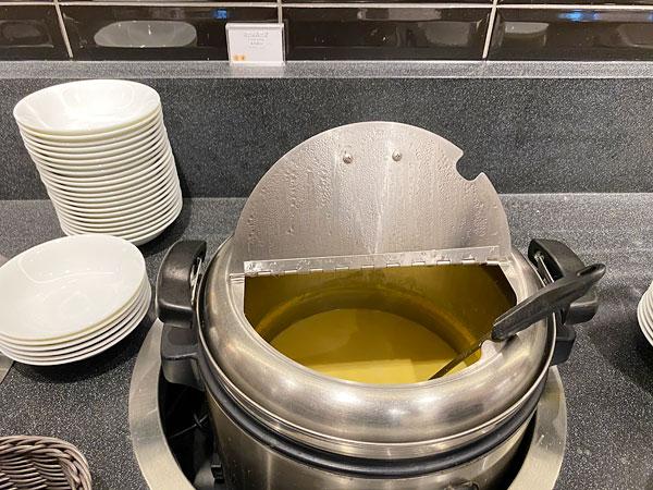 コーンスープ【クインテッサホテル大阪ベイの朝食ブッフェ】