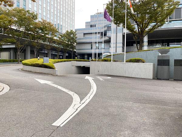 ハイアットリージェンシー大阪駐車場の入り口