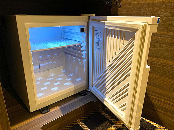 【クインテッサホテル大阪ベイ】冷蔵庫を開いたところ