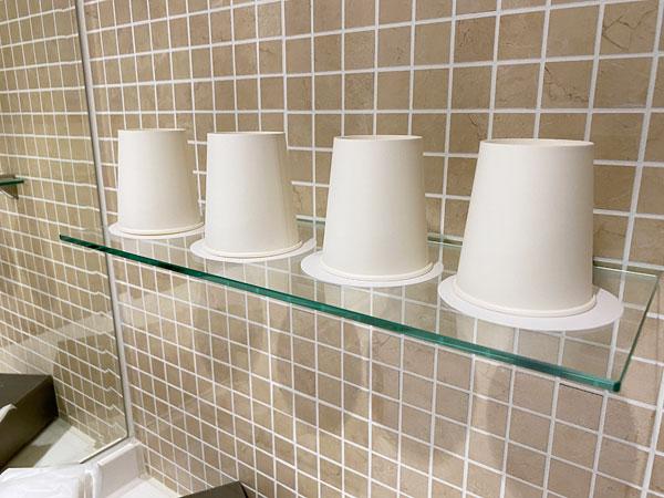 【クインテッサホテル大阪ベイ】洗面所においてある紙コップ