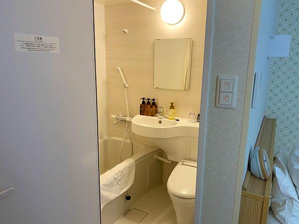 【ABホテル】洗面所の中が見えているところ