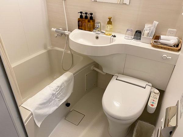 【ABホテル】洗面所内