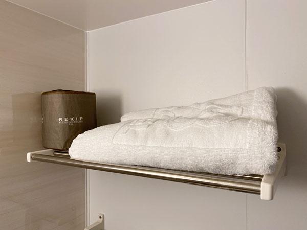 【ABホテル】バスタオルとトイレットペーパーのストック