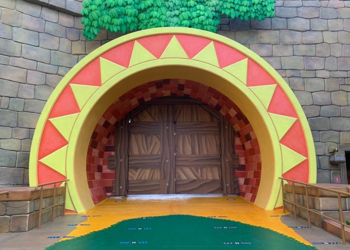 ニンテンドーワールドの扉の奥