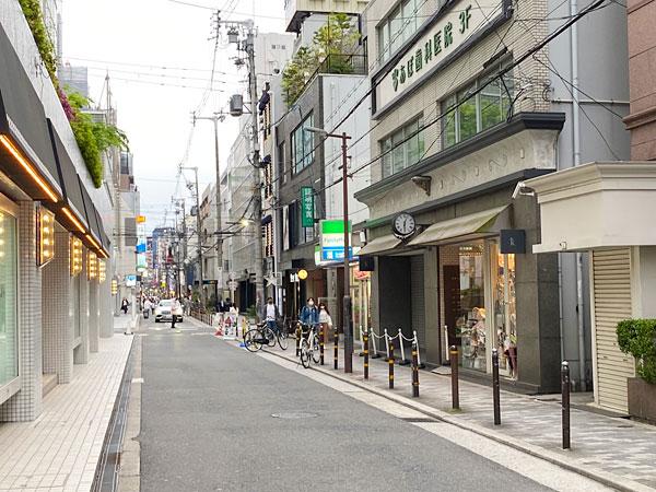 ファミリーマート 西心斎橋一丁目店