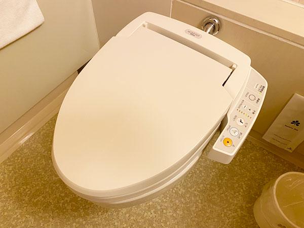 ホテル日航大阪のシャワートイレ