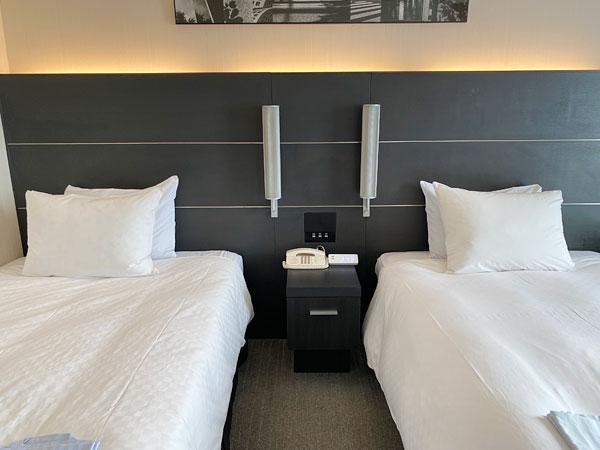 ホテル日航大阪のツインルームのベッド