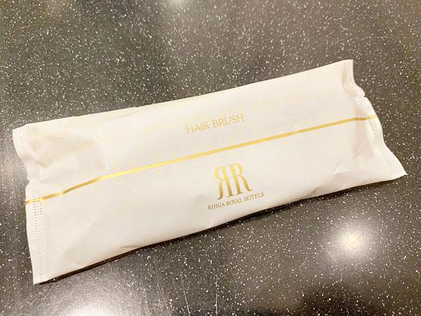 リーガロイヤルホテル大阪のアメニティ(ヘアブラシ)