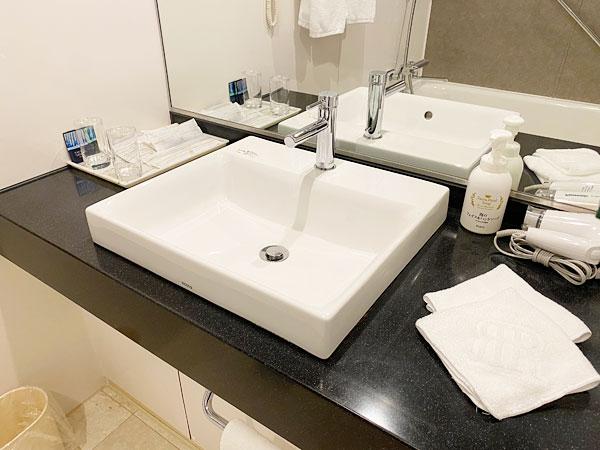 奥の洗面所(リーガロイヤルホテル大阪)
