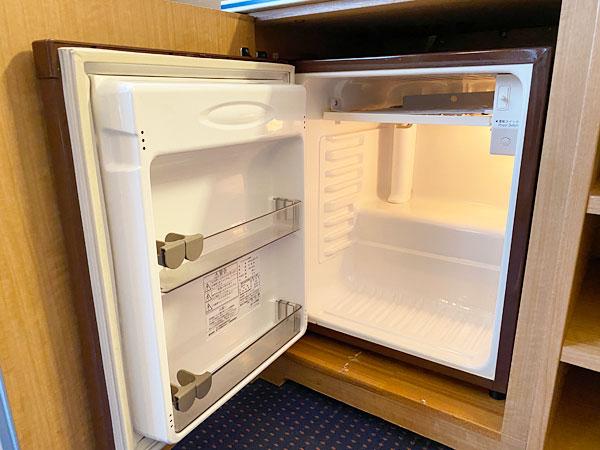 冷蔵庫を開いたところ(リーガロイヤルホテル大阪)