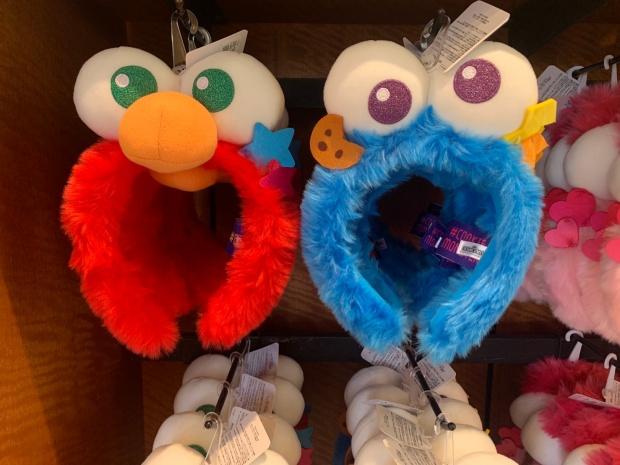 エルモとクッキーモンスターのカチューシャ