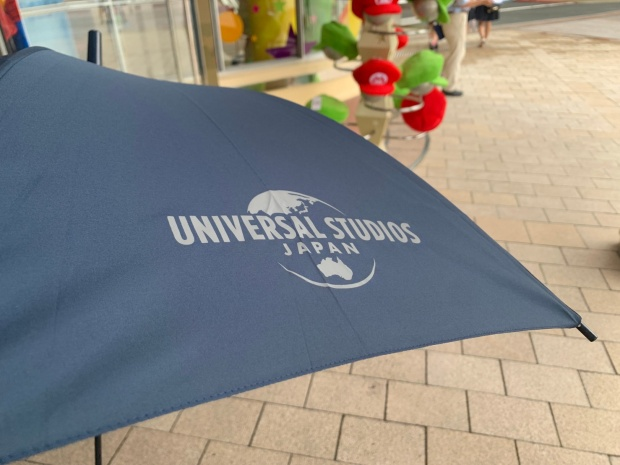 USJのロゴ付き傘