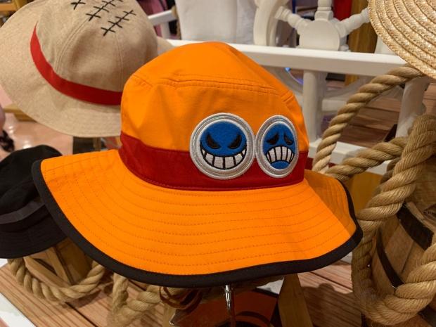 エースの帽子