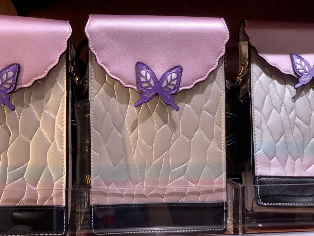 胡蝶しのぶのショルダーバッグ