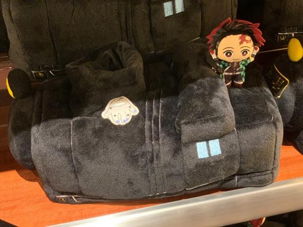 無限列車と炭治郎のティッシュケース